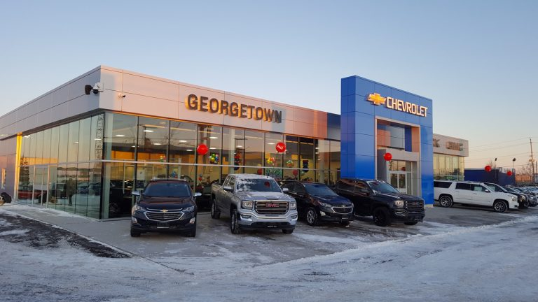 Georgetown Chevrolet, front of dealership